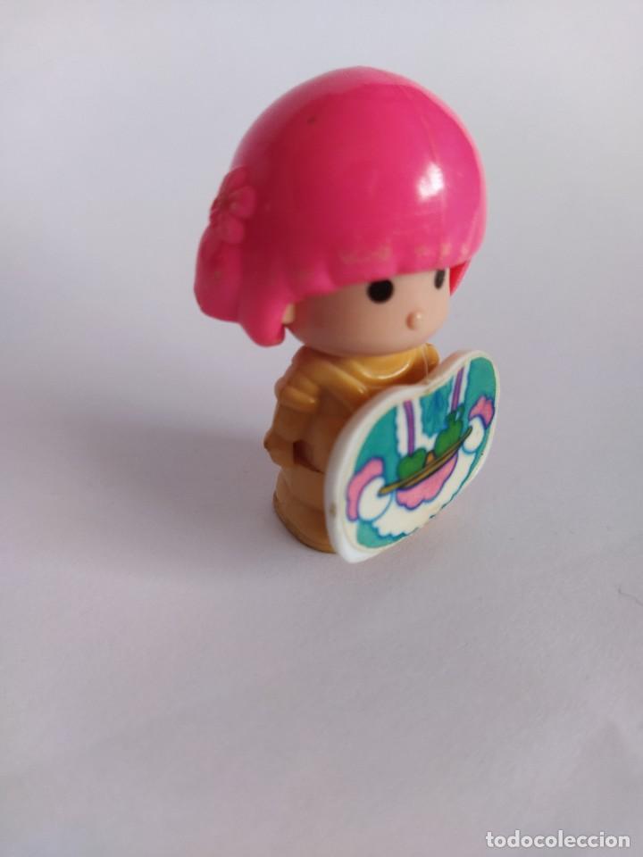 Otras Muñecas de Famosa: Pinypon muñeca con accesorio de ropa de doncella. PinyPon antiguo vintage de los 80 Famosa - Foto 10 - 205600231