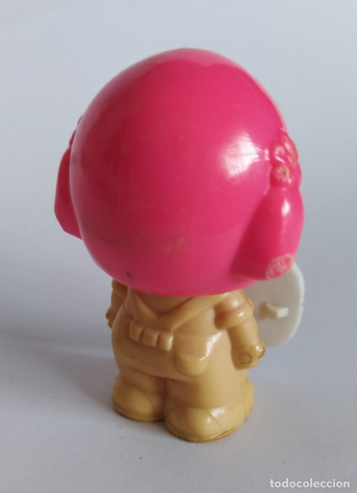 Otras Muñecas de Famosa: Pinypon muñeca con accesorio de ropa de doncella. PinyPon antiguo vintage de los 80 Famosa - Foto 12 - 205600231