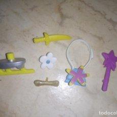 Otras Muñecas de Famosa: ACCESORIOS DE MUÑECA PINYPON PIN Y PON. Lote 206352138