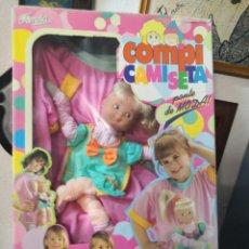 Otras Muñecas de Famosa: MUÑECA COMPI CAMISETA DE FAMOSA, AÑO 1995 EN SU CAJA.MADE IN SPAIN. Lote 206767901