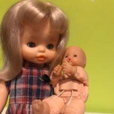 Otras Muñecas de Famosa: LOTE FAMOSA HELEN 79-80 Y MINI NENUCO 96. Lote 207033477