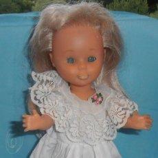 Otras Muñecas de Famosa: VESTIDITO DE MUÑECA FAMOSA. Lote 207336370