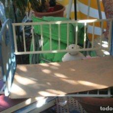 Otras Muñecas de Famosa: CUNA ORIGINAL MUÑECO NENUCO NENUCA. Lote 210336700