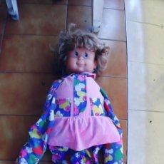 Otras Muñecas de Famosa: MUÑECA DE LOS 90 COMPI CARITAS DE FAMOSA, 2 CARAS ! HASTA 1 METRO APROX.. Lote 210479167
