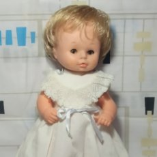 Otras Muñecas de Famosa: ANTIGUA MEÑECA BEBÉ DE FAMOSA. Lote 210519712