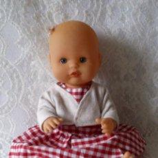 Otras Muñecas de Famosa: NENUCA DE FAMOSA CON LACITO. Lote 211938448