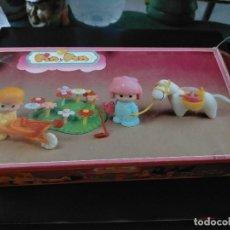 Otras Muñecas de Famosa: PIN Y PON. REF. 2216 CAJA ORIGINAL CON ESQUNAS DESGASTADAS. Lote 214979471