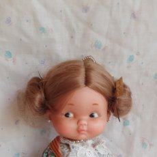 Otras Muñecas de Famosa: MUÑECA REGIONAL DE FAMOSA RAPACIÑA VALENCIANA 27 CM APROXIMADAMENTE. Lote 215075146