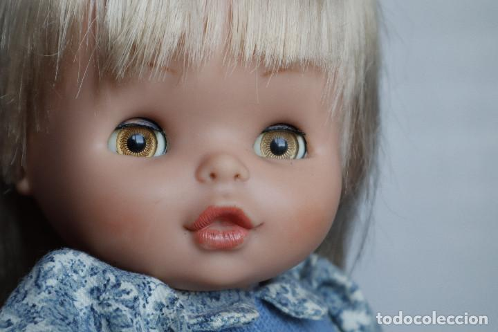 Otras Muñecas de Famosa: Carol de famosa. De los años 70. Para reparar. Con su vestido original - Foto 4 - 217939981