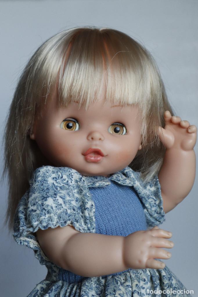 Otras Muñecas de Famosa: Carol de famosa. De los años 70. Para reparar. Con su vestido original - Foto 9 - 217939981