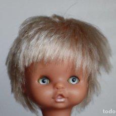 Otras Muñecas de Famosa: CABEZA CHIQUITINA DE FAMOSA AÑOS 70. Lote 218490546
