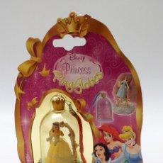 Outras Bonecas da Famosa: MUÑECA MINI DISNEY PRINCESS PLAY GLOBES DE FAMOSA. Lote 219538631