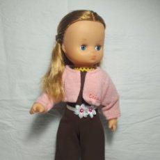 Otras Muñecas de Famosa: MUÑECA HELEN DE FAMOSA. Lote 222924262