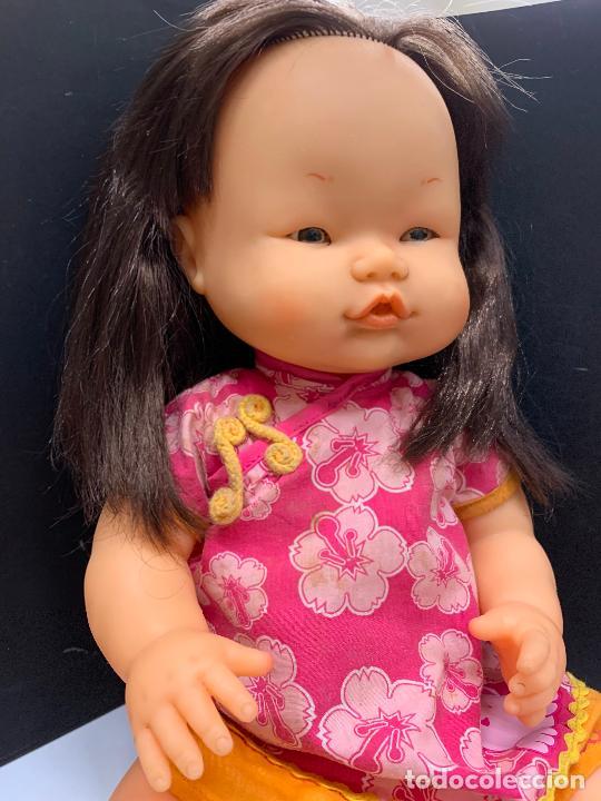 Otras Muñecas de Famosa: Preciosa muñeca Nenuco oriental, con vestido original. mide unos 37cms de largo - Foto 5 - 224379477