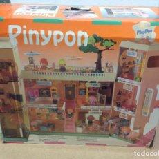 Otras Muñecas de Famosa: CENTRO COMERCIAL PINYPON DE FAMOSA. Lote 225128740