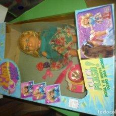 Otras Muñecas de Famosa: MUÑECA ELEN. Lote 232201645