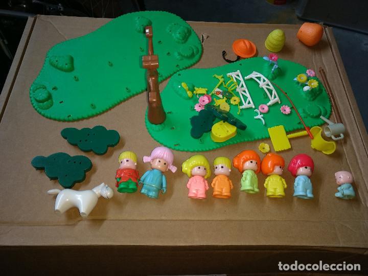 LOTE 8 MUÑECOS Y ASCESORIOS PIN Y PON. AÑOS 80-90 (Juguetes - Muñeca Española Moderna - Otras Muñecas de Famosa)
