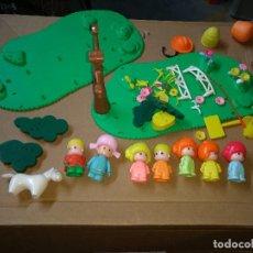 Otras Muñecas de Famosa: LOTE 8 MUÑECOS Y ASCESORIOS PIN Y PON. AÑOS 80-90. Lote 232220745