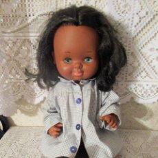 Otras Muñecas de Famosa: PRECIOSA MUÑECA GRACIOSA NEGRITA DE FAMOSA. LEER DESCRIPCION Y VER FOTOS. Lote 233080325