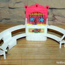 Otras Muñecas de Famosa: PIN Y PON - CIRCO - DESPIECE - GRADERIA GRADAS - FAMOSA - AÑOS 80. Lote 235710915