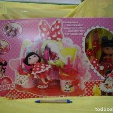 Otras Muñecas de Famosa: Y LOVE MINNIE, PELUQUERÍA DE FAMOSA, AÑO 2011, NUEVA SIN ABRIR.. Lote 237065300