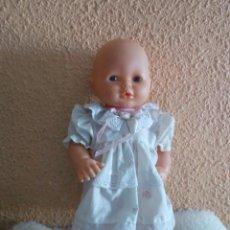 Otras Muñecas de Famosa: GASTOS 8€. MUÑECA NENUCO CON BAÑERA DE FAMOSA MADE IN SPAIN A4-96 RETRO & VINTAGE.. Lote 241725400
