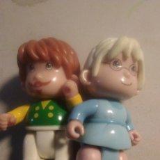 Otras Muñecas de Famosa: PAREJA DE MUÑECO PIN Y PON 1999 DE FAMOSA. PINYPON. Lote 249573325