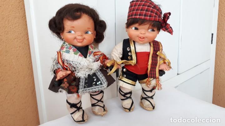 PAREJA DE GEMELINES REGIONALES DE FAMOSA (Juguetes - Muñeca Española Moderna - Otras Muñecas de Famosa)