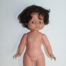 Otras Muñecas de Famosa: HERMOSA MUÑECA RAPACCINA - DE FAMOSA MARCA EN CUELLO - 33CM. Lote 252813430