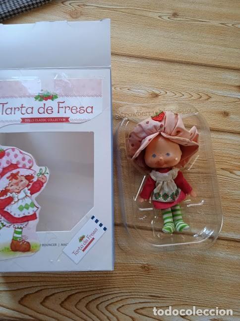 Otras Muñecas de Famosa: TARTA DE FRESA DE LOS 80: MUÑECA TARTA DE FRESA DE LA PRIMERA GENERACIÓN (MANOS PLANAS) - Foto 3 - 243227390