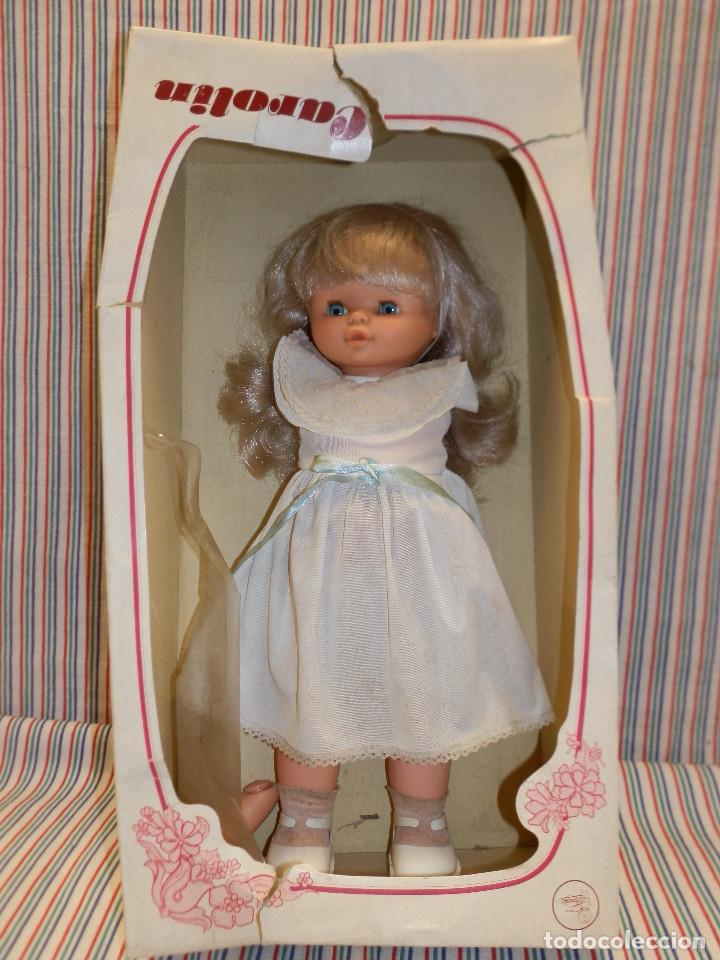 Otras Muñecas de Famosa: CAROLIN DE FAMOSA MUÑECA DE 40 CMS - Foto 2 - 252927160