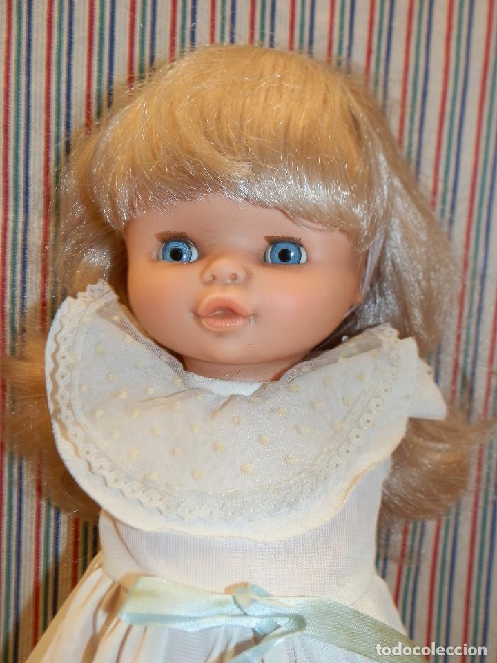 Otras Muñecas de Famosa: CAROLIN DE FAMOSA MUÑECA DE 40 CMS - Foto 3 - 252927160
