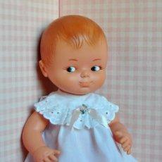 Otras Muñecas de Famosa: COPITO DE FAMOSA + ROPA. Lote 254814930