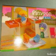 Autres Poupées de Famosa: PINYPON 2336 - CASITA PELUQUERIA - PIN Y PON. Lote 254945750