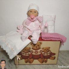 Otras Muñecas de Famosa: MUÑECA BABY SOPHIE DE FAMOSA + COMPLEMENTOS (COMO NUEVA Y FUNCIONANDO) OSITO , BIBERÓN, MANTA.... Lote 286984793
