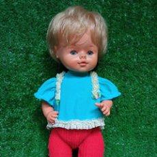Otras Muñecas de Famosa: ANTIGUO MUÑECO DE FAMOSA AÑOS 70 OJOS AZULES MARGARITA MADE IN SPAIN. Lote 260368170