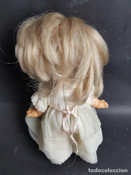 Otras Muñecas de Famosa: muñeca may de famosa comunion ojos marrones - Foto 3 - 261631210