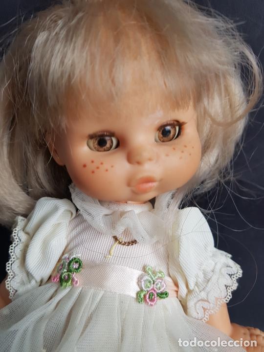 Otras Muñecas de Famosa: muñeca may de famosa comunion ojos marrones - Foto 2 - 261631210
