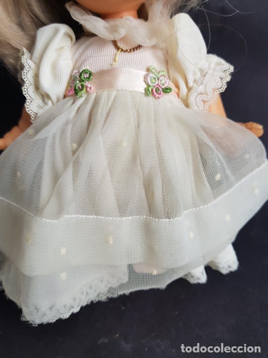 Otras Muñecas de Famosa: muñeca may de famosa comunion ojos marrones - Foto 3 - 262123385
