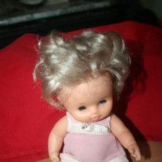 Otras Muñecas de Famosa: ANTIGUA MUÑECA FAMOSA OJOS MARGARITA ROPA ORIGINAL. Lote 269045613