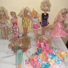 Otras Muñecas de Famosa: LOTE 8 ANTIGUAS MUÑECAS CON SUS VESTIDOS. Lote 278537068