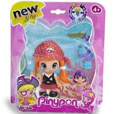 Otras Muñecas de Famosa: PINYPON PIRATA CON GORRO ROJO (037367). NUEVO EN BLÍSTER!!.. Lote 278602713