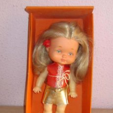Otras Muñecas de Famosa: ANTIGUA CHIQUITINA DE FAMOSA, CON SU CAJA SIN JUGAR. Lote 278970243