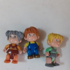 Otras Muñecas de Famosa: 3 FIGURAS DE PLÁSTICO DE FAMOSA. Lote 279409898
