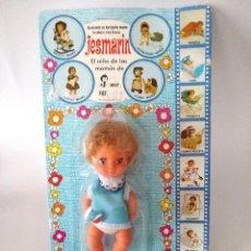 Otras Muñecas de Famosa: BLISTER MUÑECO JESMARIN CON VESTIDO Y SONAJERO JESMAR VALENCIA AÑOS 70. Lote 279413088