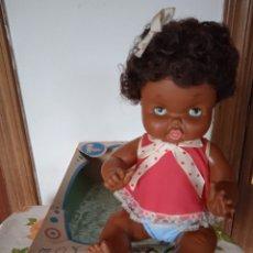 Otras Muñecas de Famosa: ANTIGUA MAY NEGRA DE FAMOSA NANCY COLECCION AÑOS 60. Lote 286199013