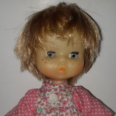 Otras Muñecas de Famosa: MUÑECA MAY CON VESTIDO ORIGINAL DE FAMOSA. Lote 289490398