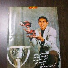 Coleccionismo deportivo: F.C. BARCELONA - FOTO DE GIOVANNI SILVA CON FIRMA (IBA CON EL DIARI SPORT) - LIGA 97-98. Lote 22600122