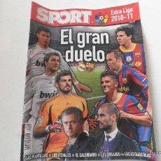 Coleccionismo deportivo: GUIA SPORT EXTRA LIGA 2010 / 2011 10 / 11 EL GRAN DUELO . Lote 27170728
