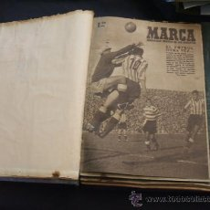 Coleccionismo deportivo: MARCA - 42 NUMEROS ENCUADERNADOS, AÑOS 1948-49 + CARNET R.C.D. ESPAÑOL TEMPORADA 1947-48 - LEER INT.. Lote 29018030
